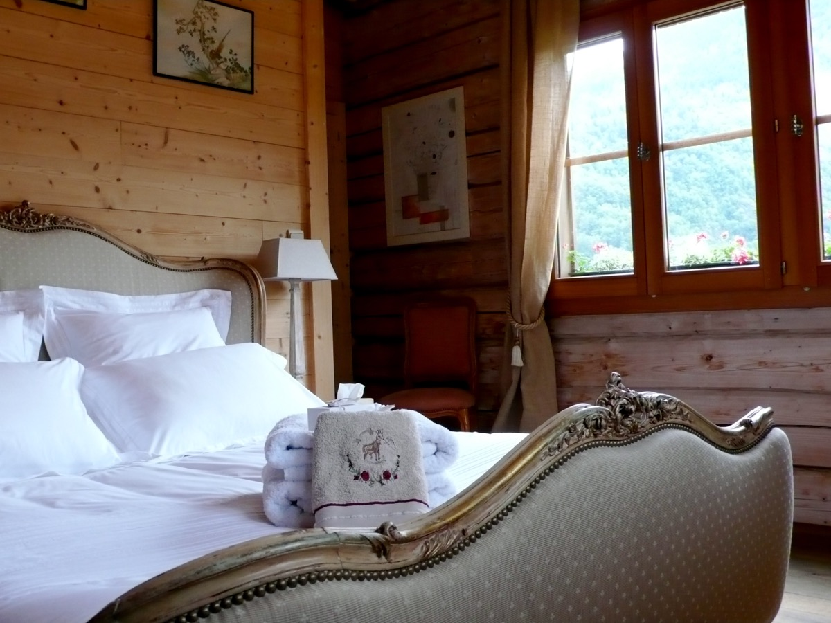 Restful nights in a luxury chalet