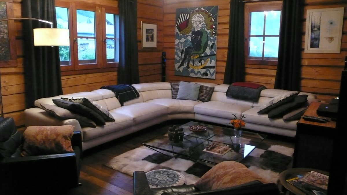 The modern but cosy lounge