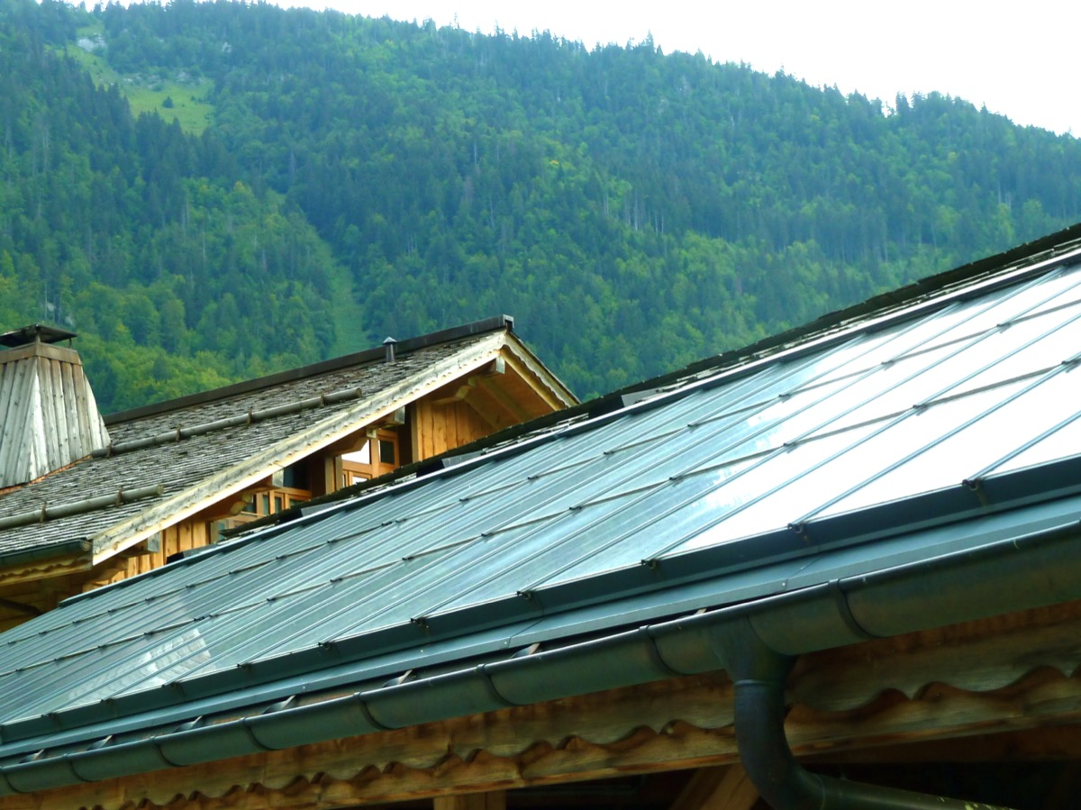 The solar panels providing energy for the chalet